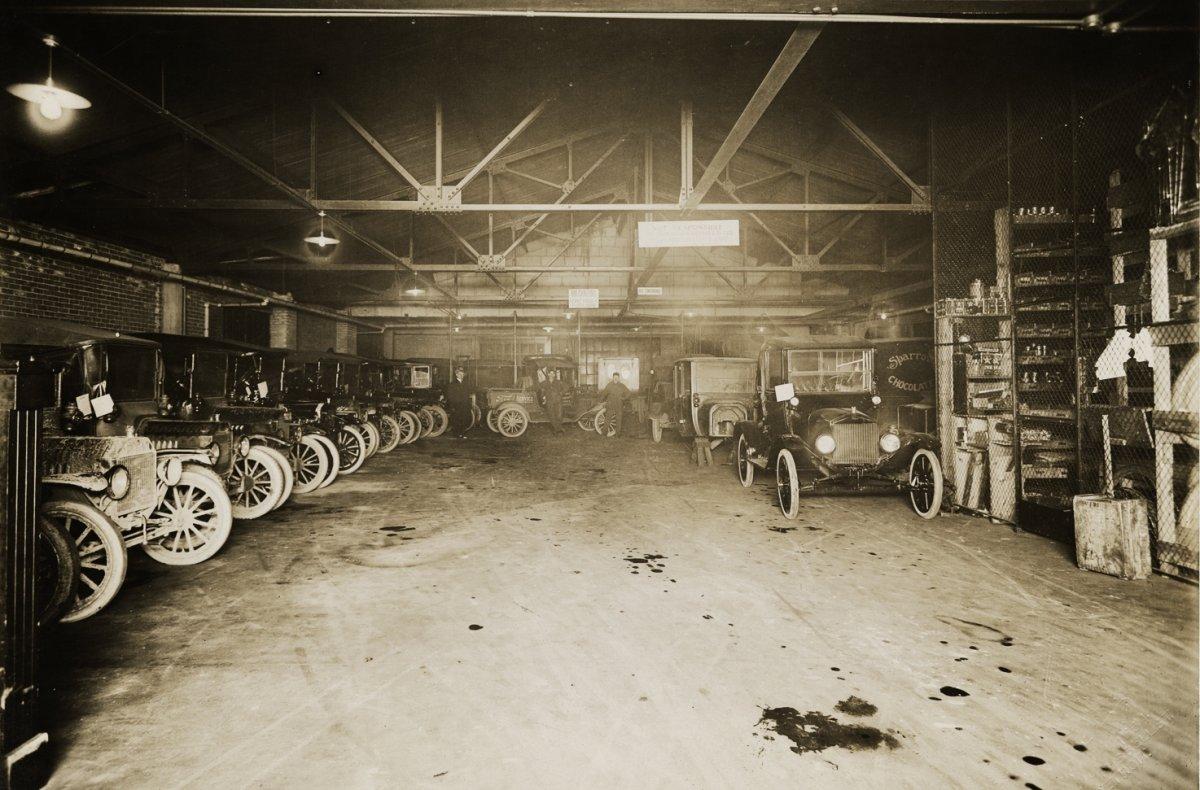 1917 Ford dealer Detroit3.jpe