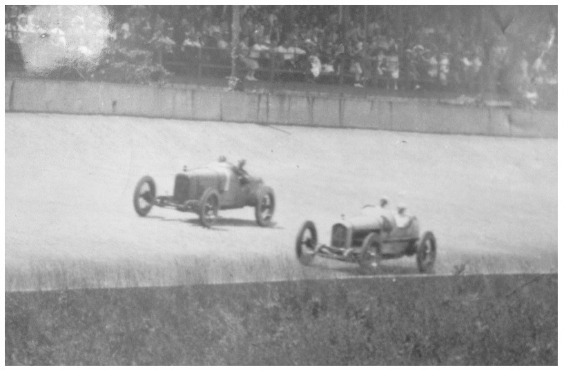 1919 Indy side by Side.jpg