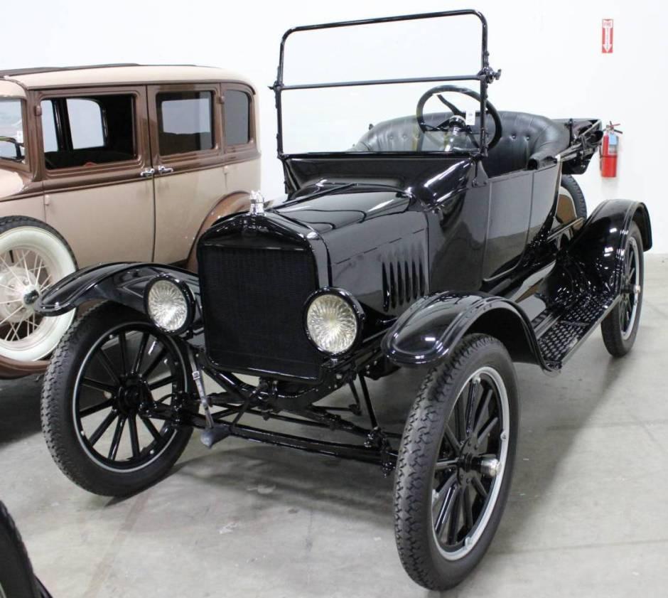 1920 Ford.jpg