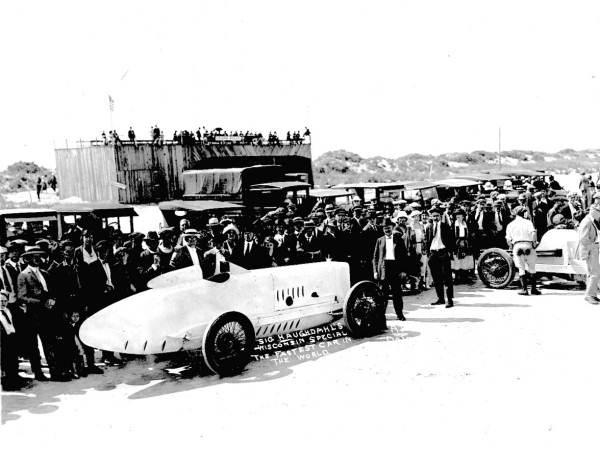 1922-04-06 Wisconsin Special - Sig Haugdahl record Daytona beach (3).jpg