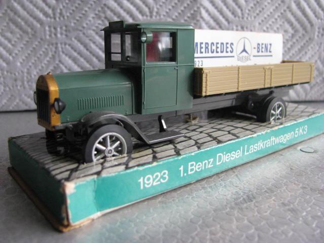 1923M-BTruckFront.JPG