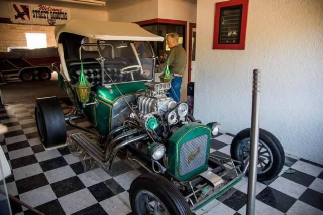 1924-fad-t-bucket-roadster-former-isca-show-car-built-1965-66-2.jpg