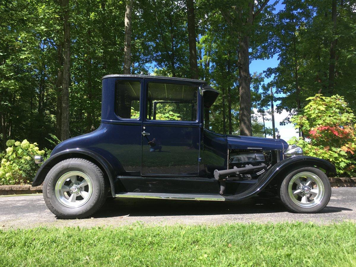 1926 T NEW Wheels.JPG