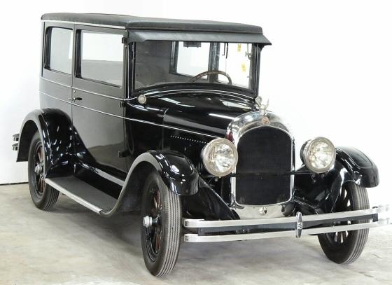 1927 Chrysler sedan.jpg
