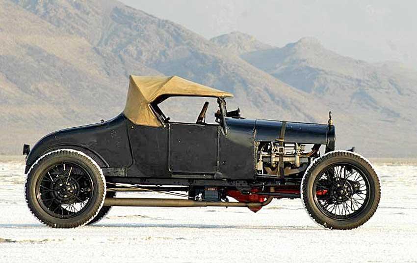 1927-Model-22T22-Ford-on-the-Bonnieville-Salt-Flats.jpg