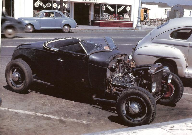 1928 Ford roadster in the 1940's.jpg