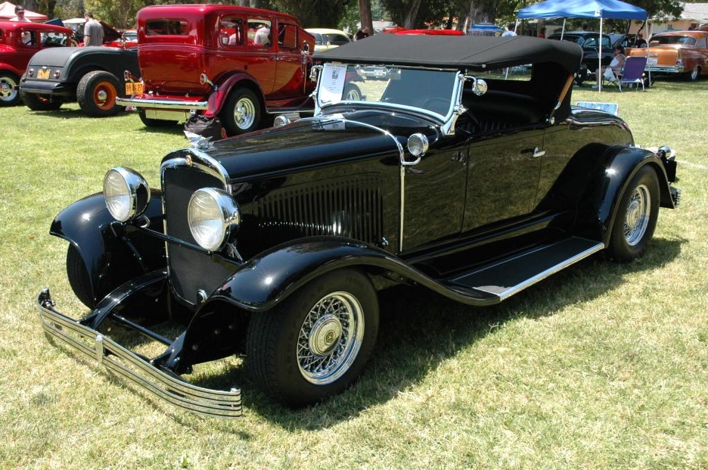 1929 Chrysler Model 65 roadster - black - fvl 1.JPG