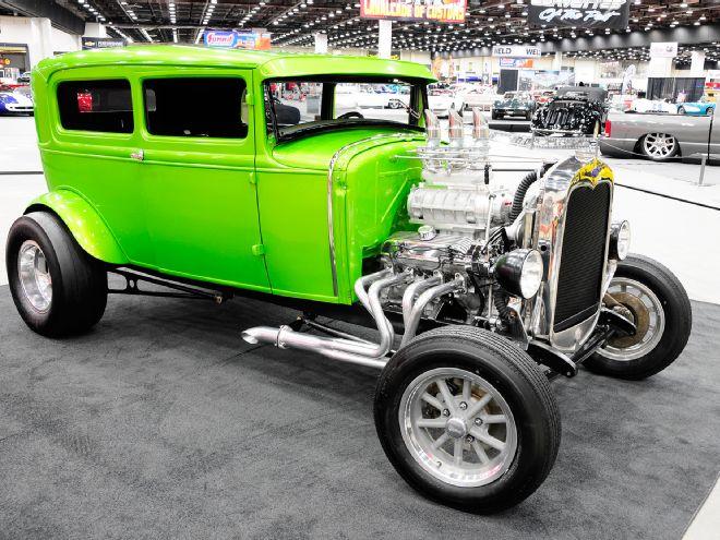 1930-ford-sedan-street-shaker-front.jpg
