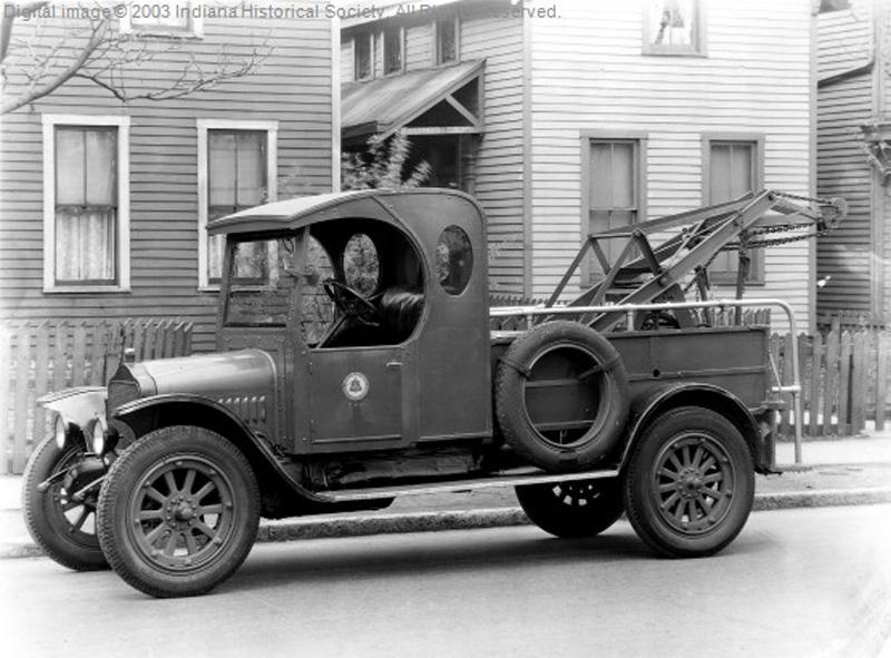 1930.Indiana.Bell_.Towtruck.jpg