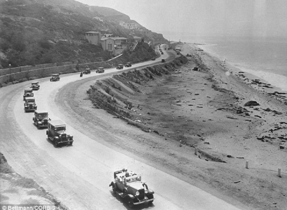 1930 Pacific Coast Hwy near Santa Monica CA.jpg
