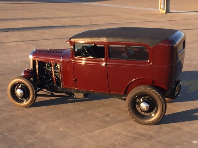 1931-ford-model-a-tudor-sedan-chopped-traditional-hot-rod-13.jpg