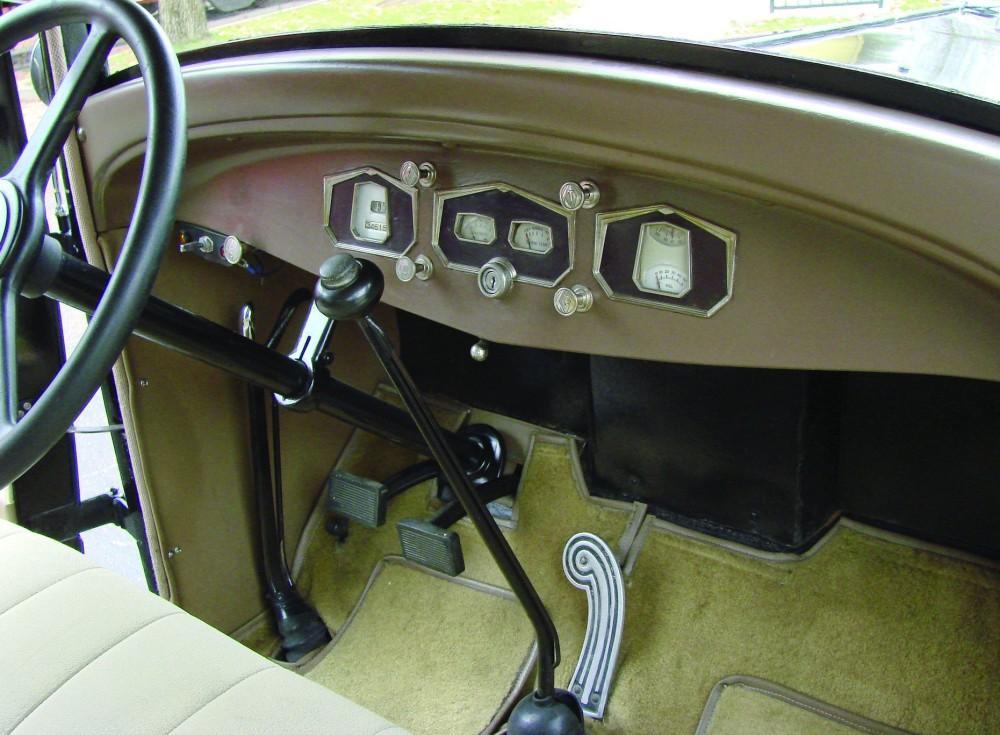 1931 Hupmobile.jpg