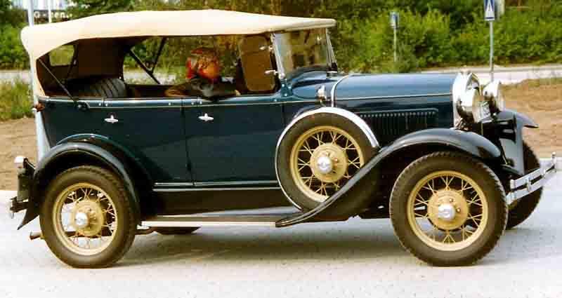 1931_Ford_Model_A_35B_Standard_Phaeton.jpg