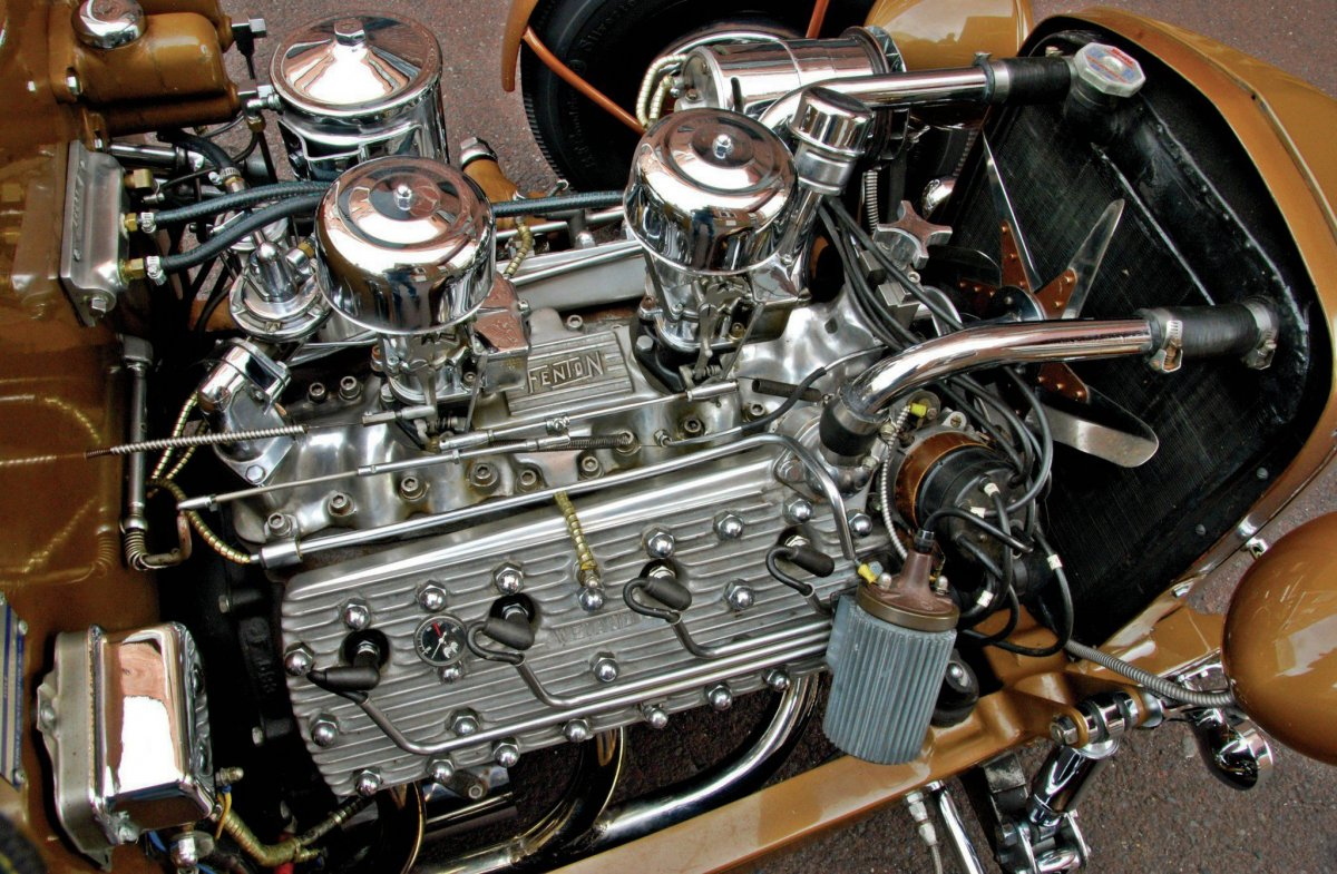 1932-ford-deuce-roadster-mercury-flathead-engine.jpg