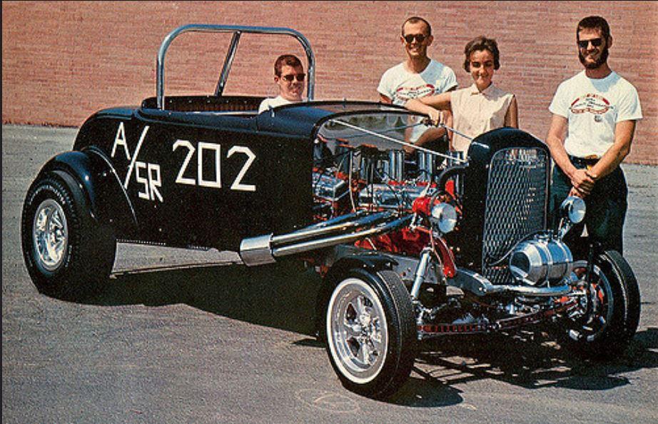 1932 Ford highboy with L to R Dave Rudy, John Lykes, June Rudy, & Bill Lykes1964.JPG