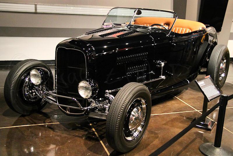 1932 Ford Roadster 01 (Doane Spencer) 02.jpg