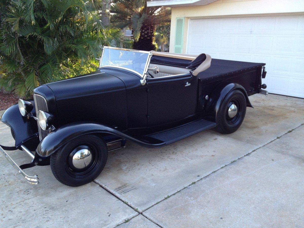 1932-ford-roadster-pickup-4.JPG