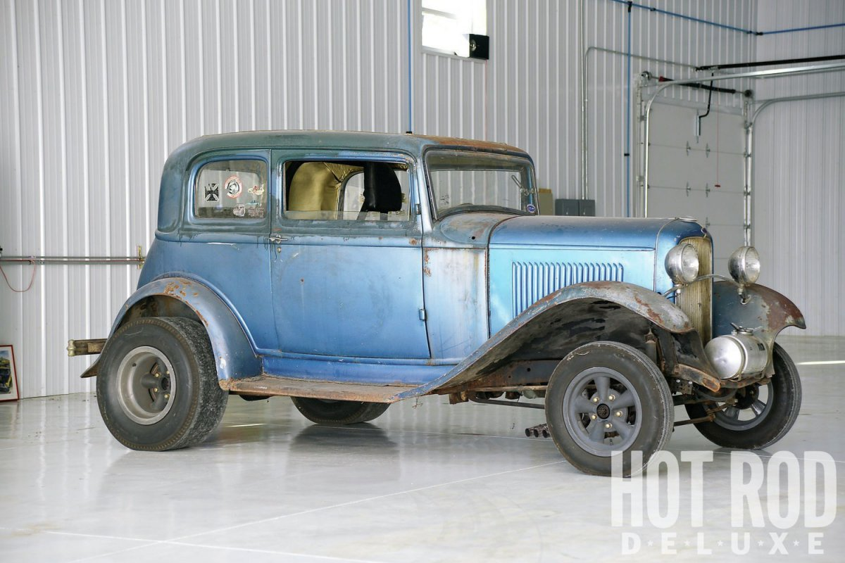 1932-ford-victoria-front-three-quarter.jpg
