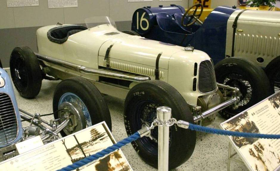 1932-indy-race-car-06841.jpg