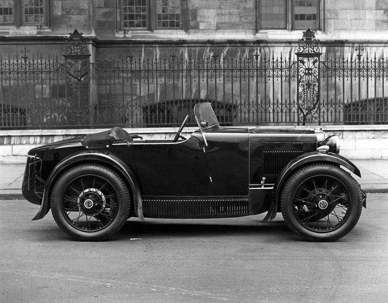 1932-season-MG-Midget-metal-paneled.jpeg