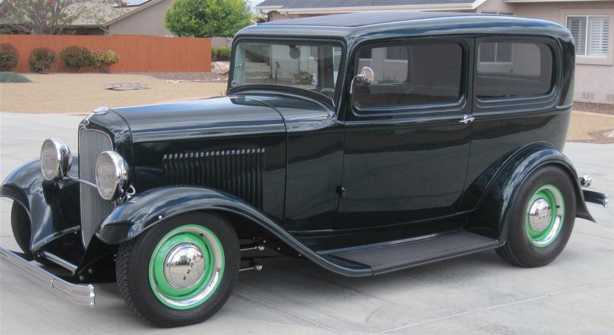 1932 Sedan (1920x1920.jpg