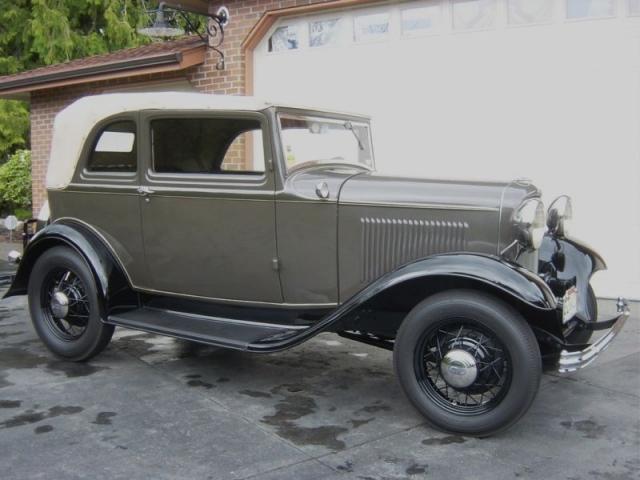 1932Ford-B400-Convertible-SedanTunisGray.jpg