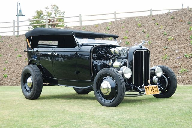 1932FordPhaetonhotrod-vi.jpg