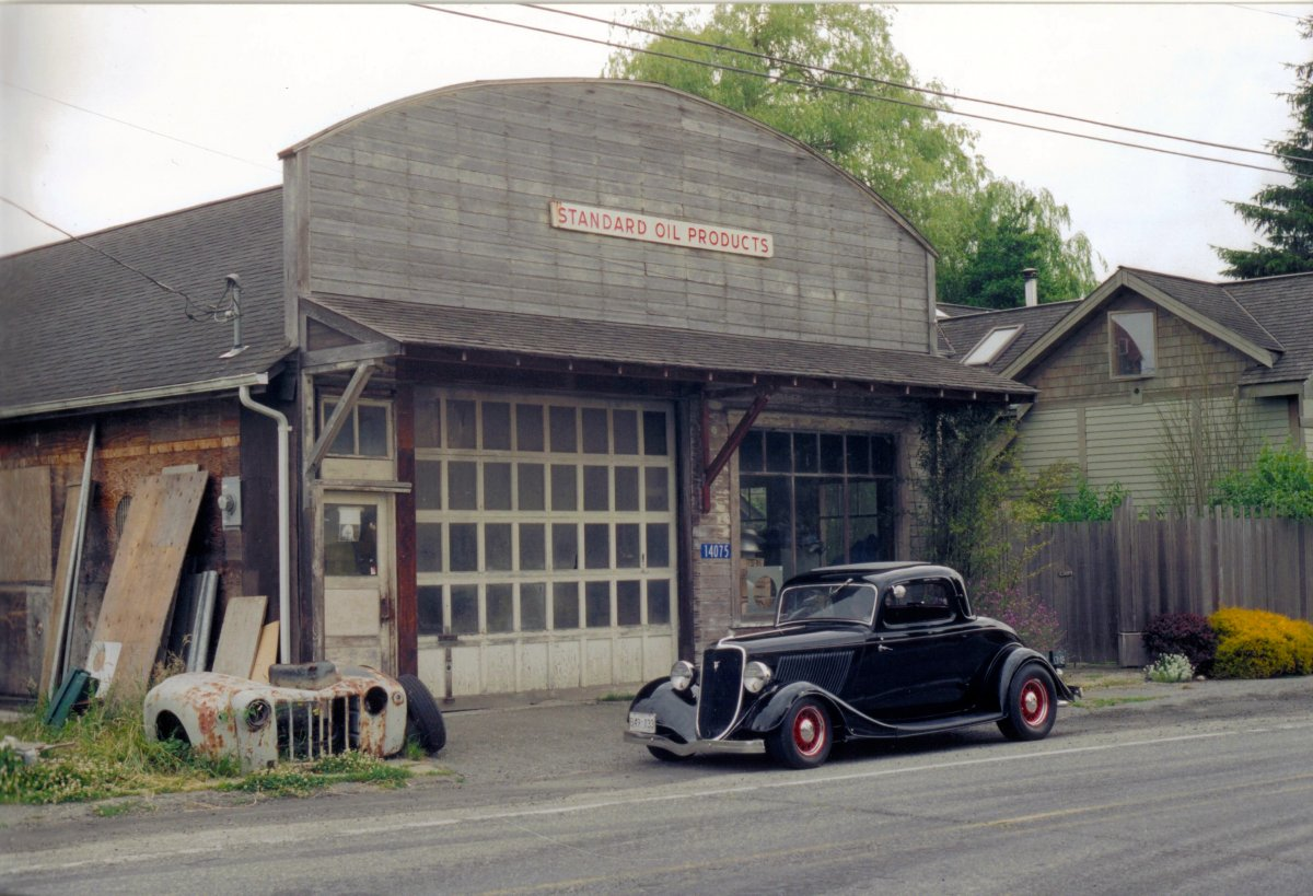 1933 Ford 3 Window Coupe at Edison.jpg