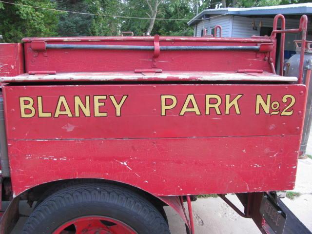1933ChevroletFireTruckBlaneyParkNo.2 003.jpg