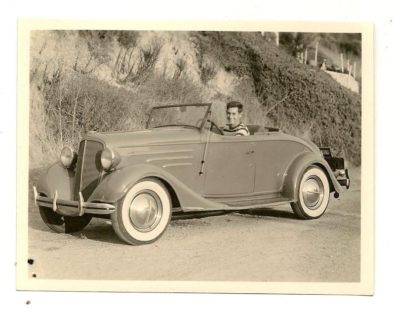 1934 Chevy roadster Hot Rod.jpg