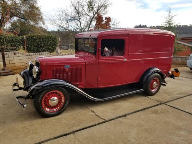 1934-ford-panel-truck-all-steel-restorod-1.jpg