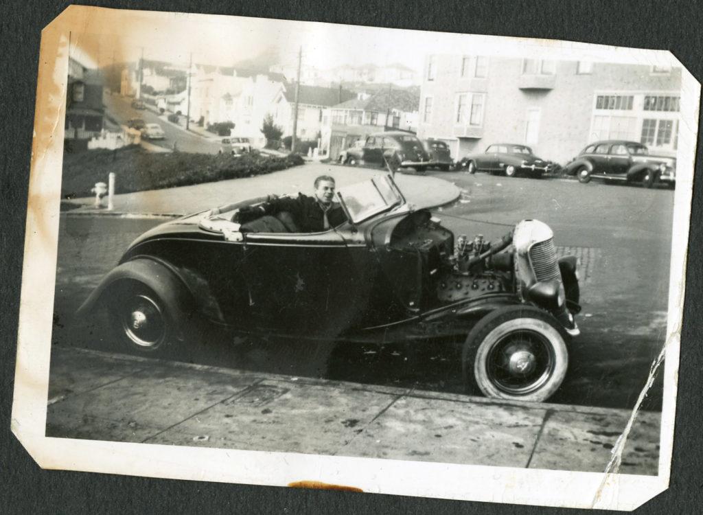 1934-Ford-roadster_vintage-photo-1024x750.jpg