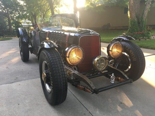1934-vintage-racer-roadster-hot-rod-9.jpg