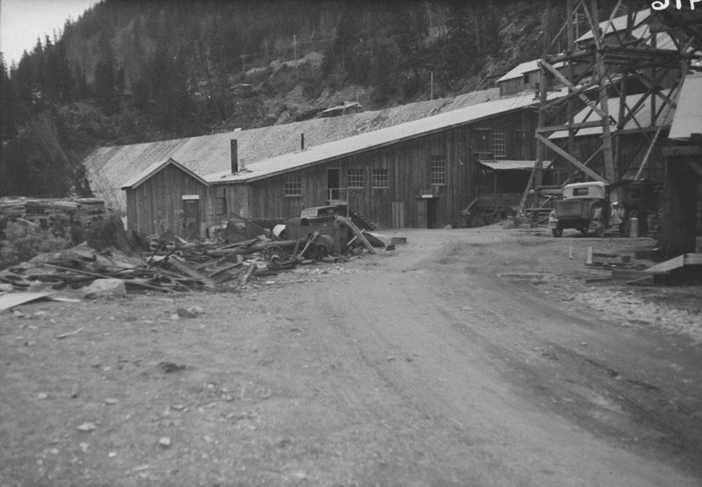 1935-14 Bralorne BC August 1935.jpg