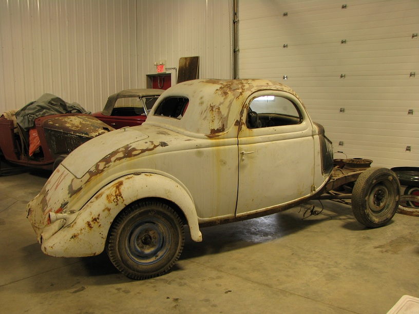 1935 Ford 3W coupe 030b.jpg