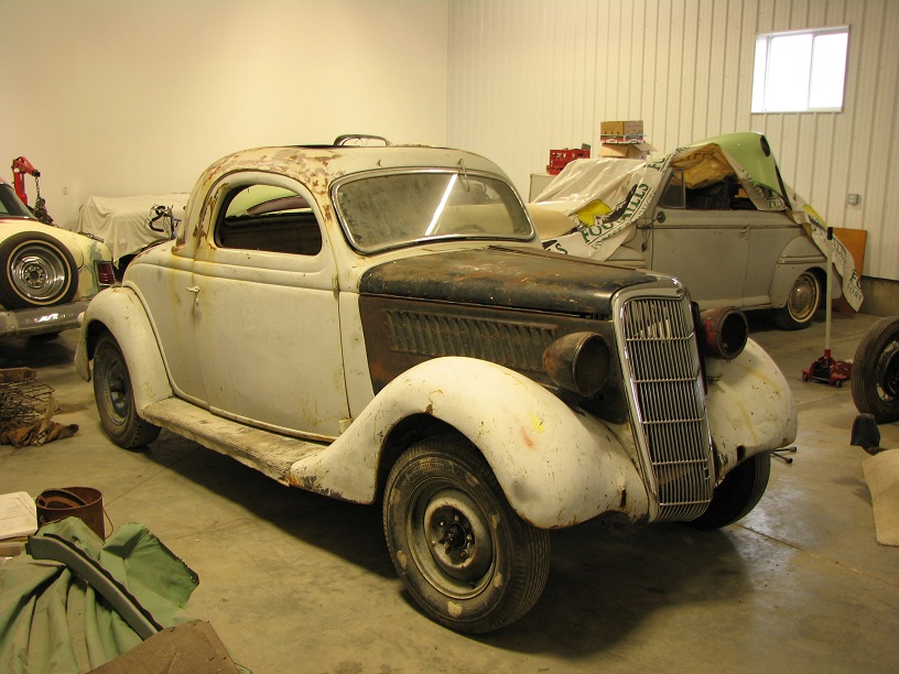 1935 Ford 3W coupe 044b.jpg