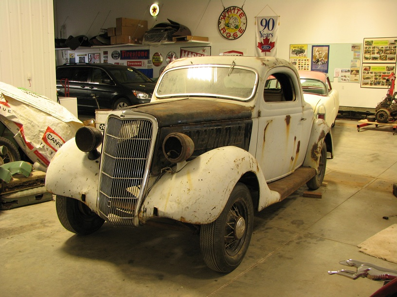 1935 Ford 3W coupe 046b.jpg