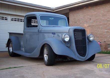 1935 Ford PU.JPG