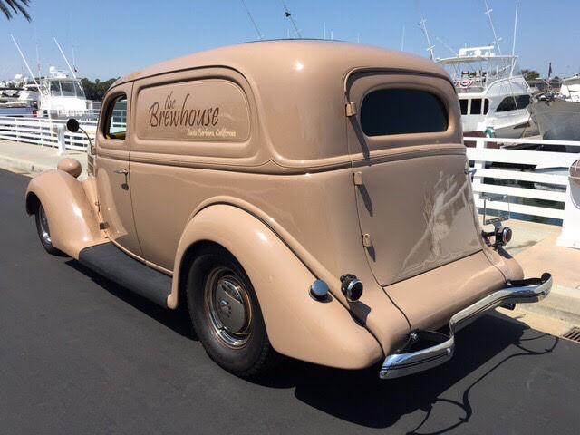 1935-ford-sedan-delivery-11.jpg