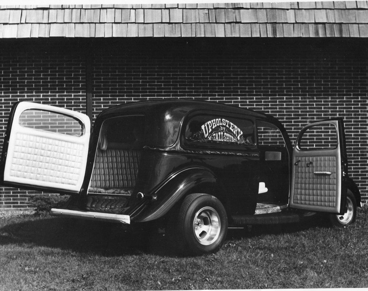 1935 Sedan Delivery - 2.jpg