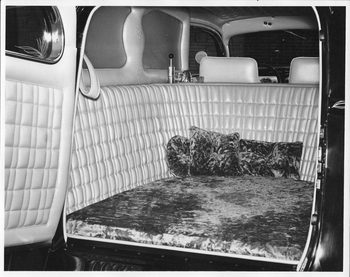 1935 Sedan Delivery - 3.jpg