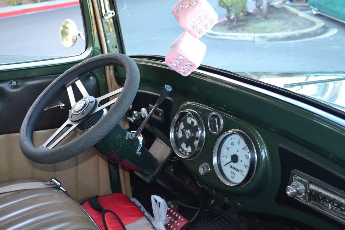 1936_International_Pickup_213ci_78HP_6Cylinder_Dash.jpg