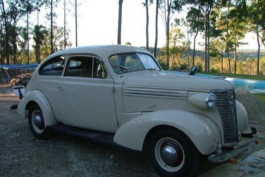 1938-chevrolet-sloper-sedan.jpg