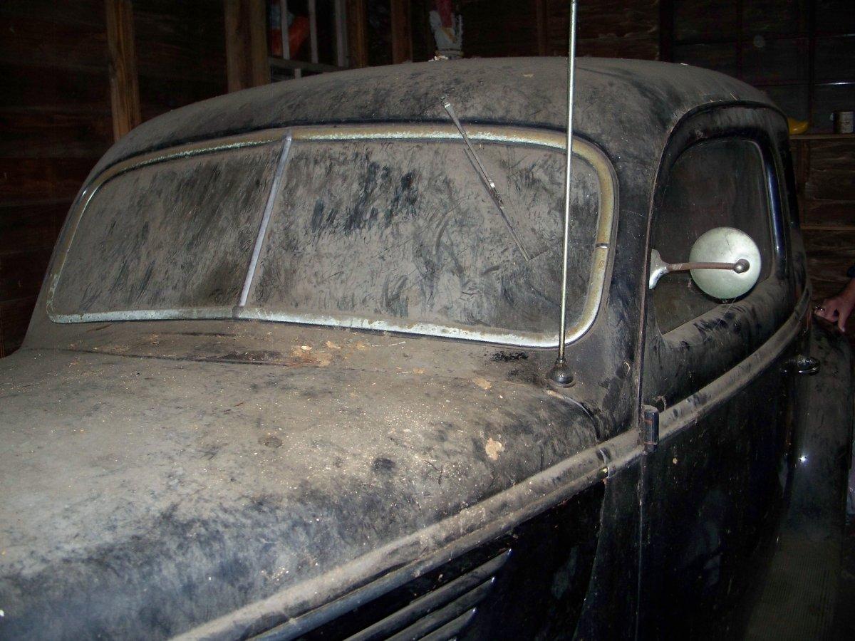 1938 sedan 004.JPG