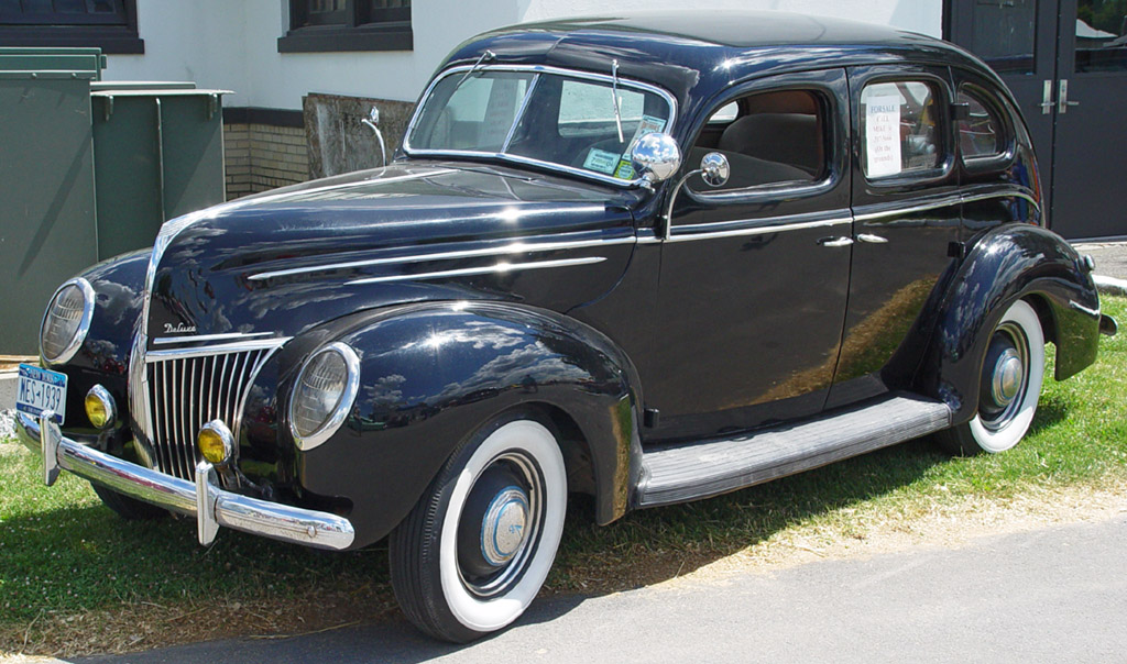 1939-Ford-Deluxe-Black-sy.jpg
