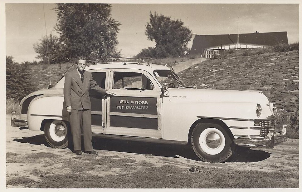 1939_Fred-Edwards-with-the-WTIC-Car.jpg