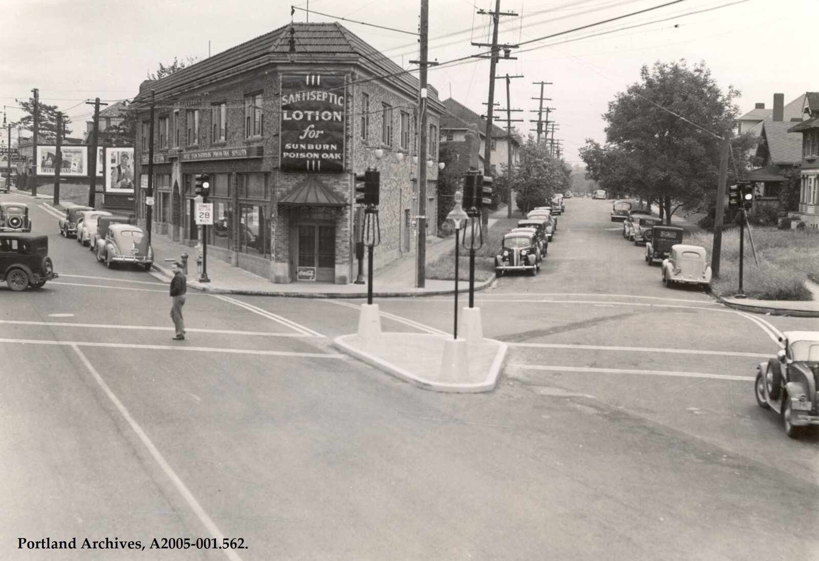 1940-at-20th-ave-looking-east-1.jpg