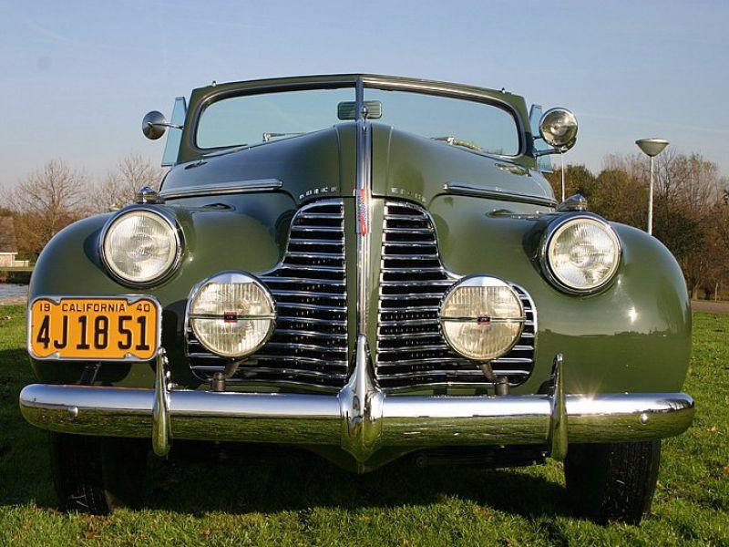 1940-Buick-Roadmaster_76C_Convertible-179441420642484_800x600.jpg