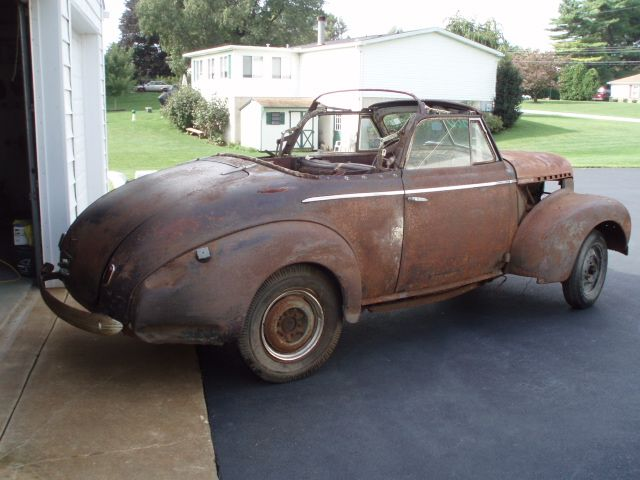 1940 CHEVY convertible.JPG