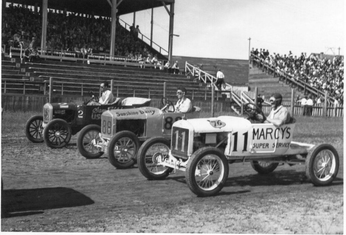 1940 Flivver Races, Walla Walla, Washington 01.jpg